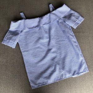 Tops - Off-shoulder checkered top